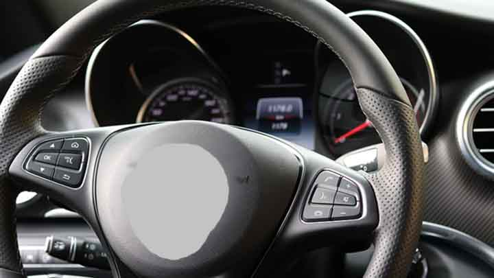 7 Causes of Steering Wheel Makes Noise when Turning