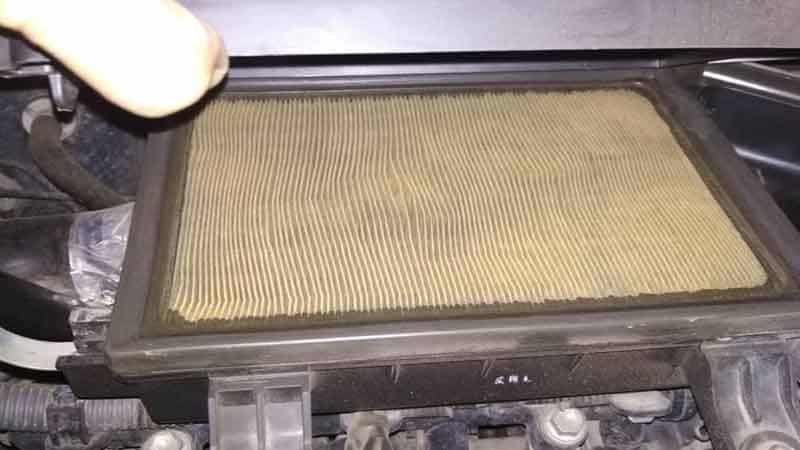 7 Symptoms of a Bad/Dirty Air Filter in Your Car
