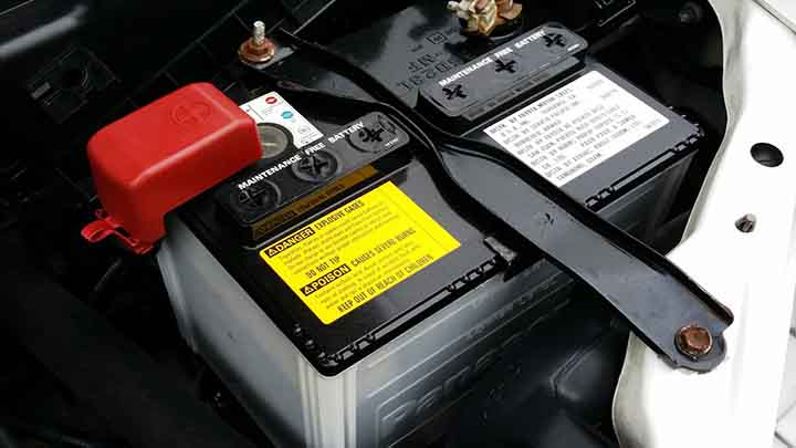 5 Symptoms of Bad Battery in Your Car