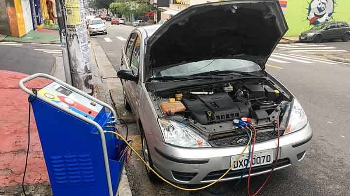 5 Symptoms of a Bad Car Condenser and Replacement Cost