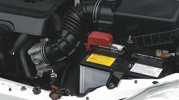 The Difference Between a Dead Battery and Bad Alternator