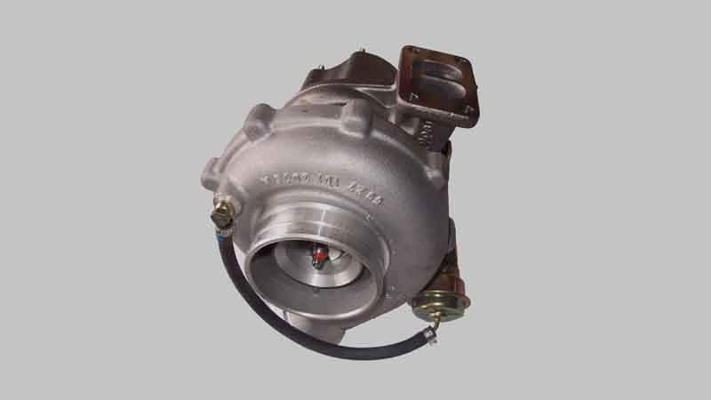 Difference Between Supercharger Vs Turbocharger (Pros & Cons)