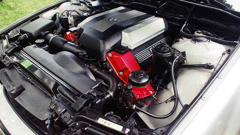 Top 5 Best Engine Flushes to Remove Sludge from Your Car Engine